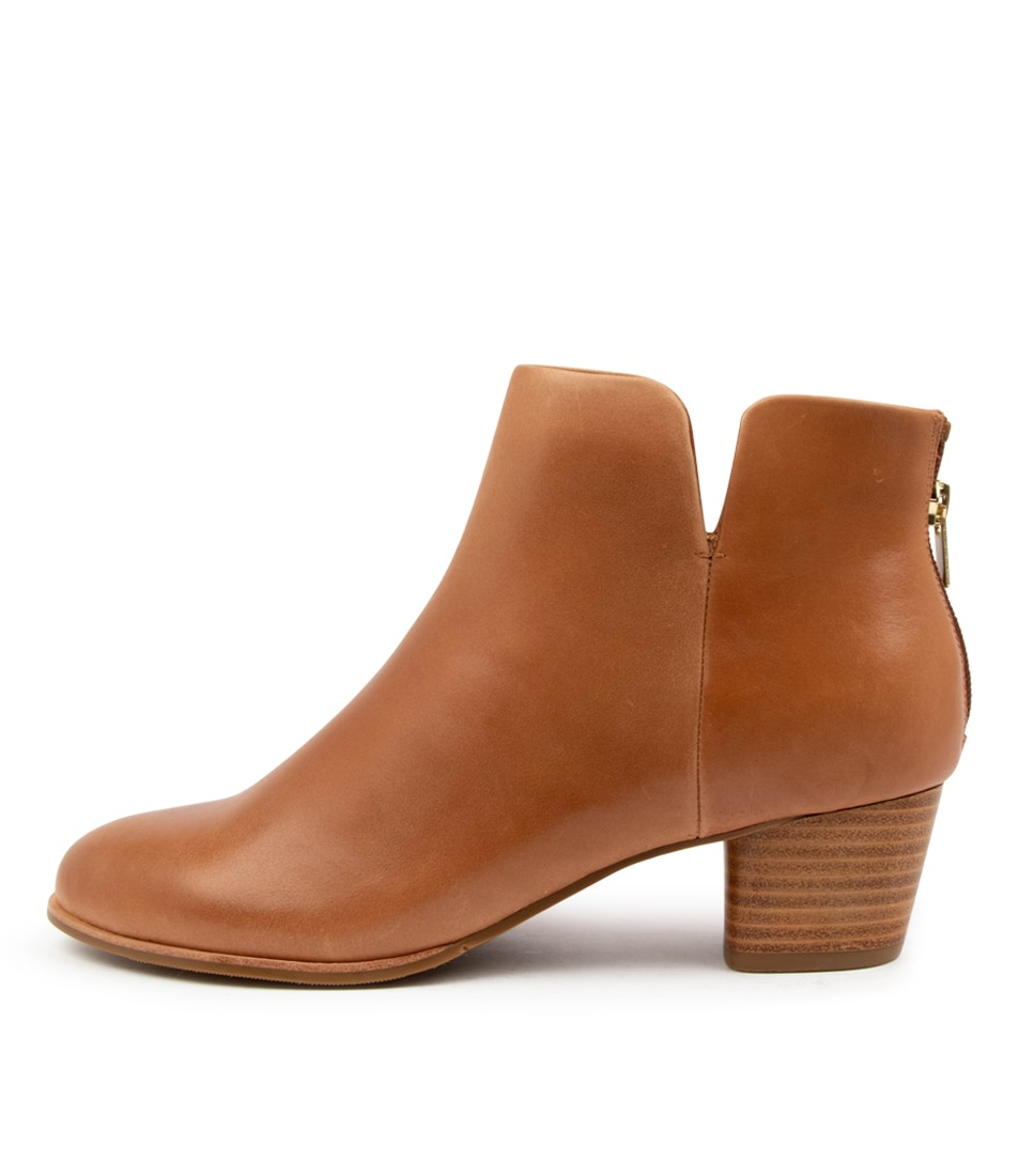 Buy Ziera Gates W Zr Tan Ankle Boots online with free shipping