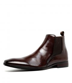 C XENNETH BROWN LEATHER