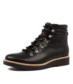RADHA BLACK-BLACK SOLE