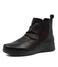 THE BOOT BLACK LEATHER