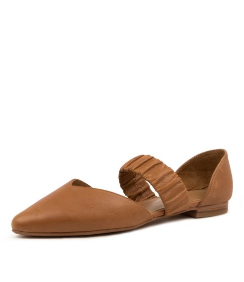 Qwiet Mo Dk Nude Leather Elastic by Mollini