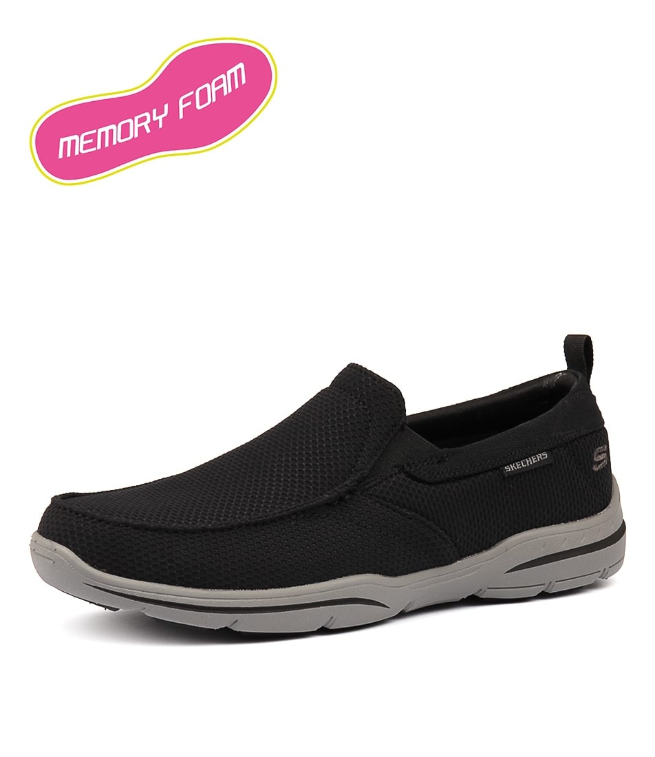 skechers relaxed fit air cooled memory