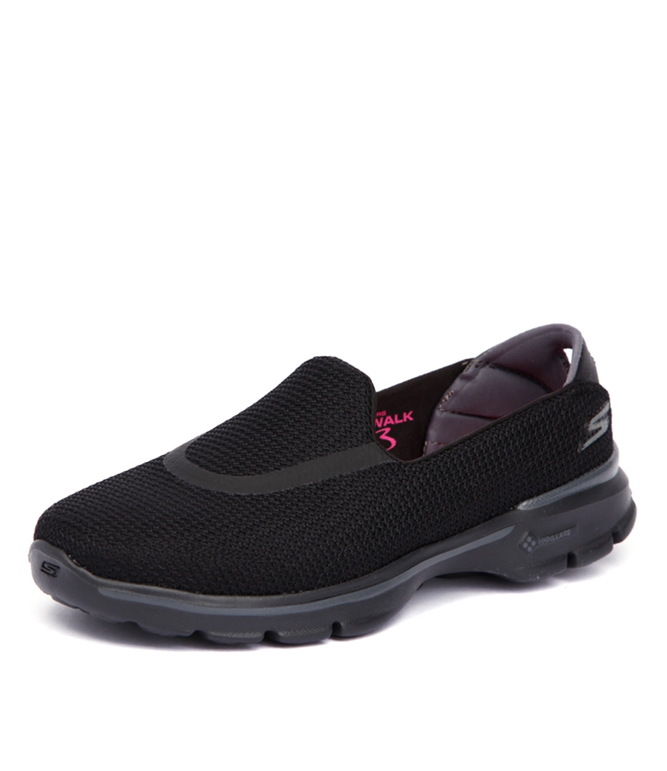 41f96ce45d1f0 13980 GO WALK 3 BLACK BLACK FABRIC by SKECHERS - at Styletread