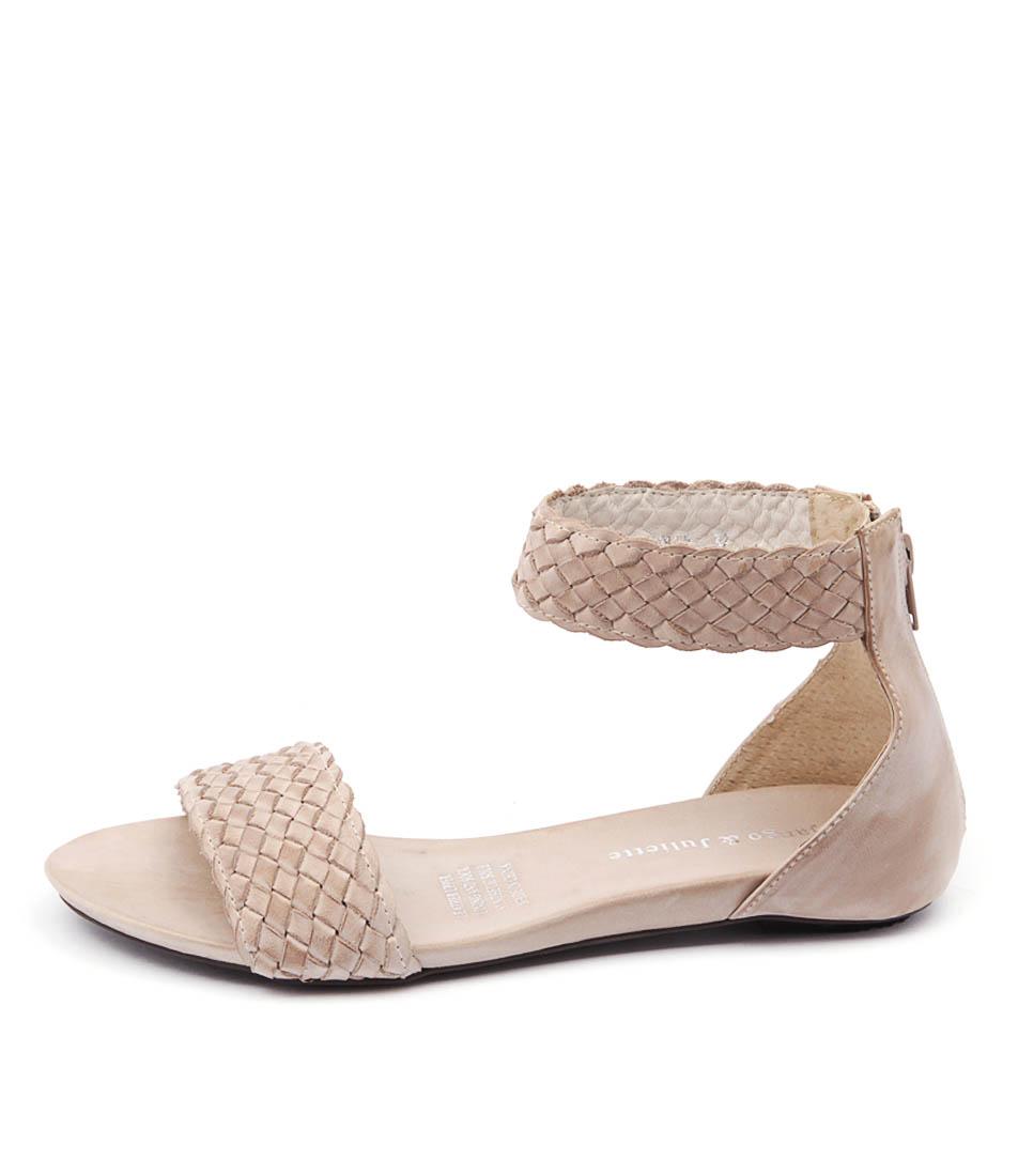 Django & Juliette Garro Dj Beige Casual Flat Sandals