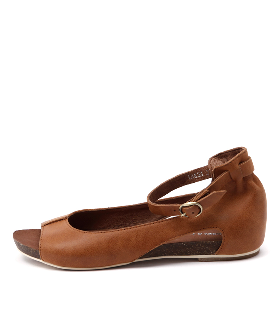 buy Django & Juliette Laksa Tan Tan Sandals shop Django & Juliette Sandals online