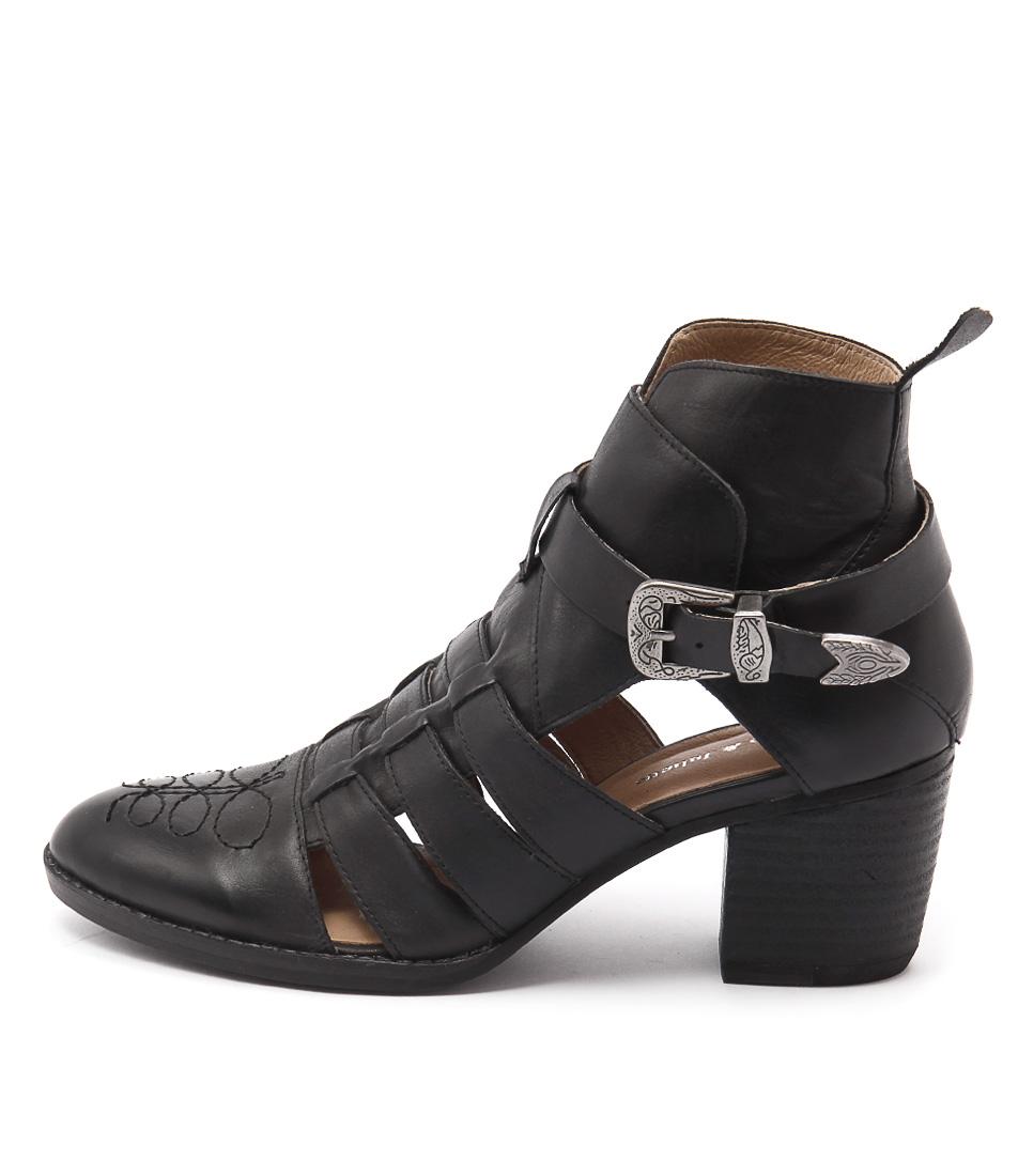 Django & Juliette Barny Black Ankle Boots