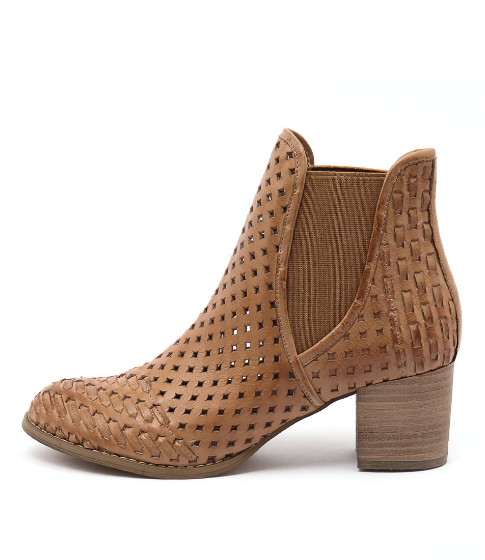 Django & Juliette Senka Dark Tan Casual Heeled Shoes