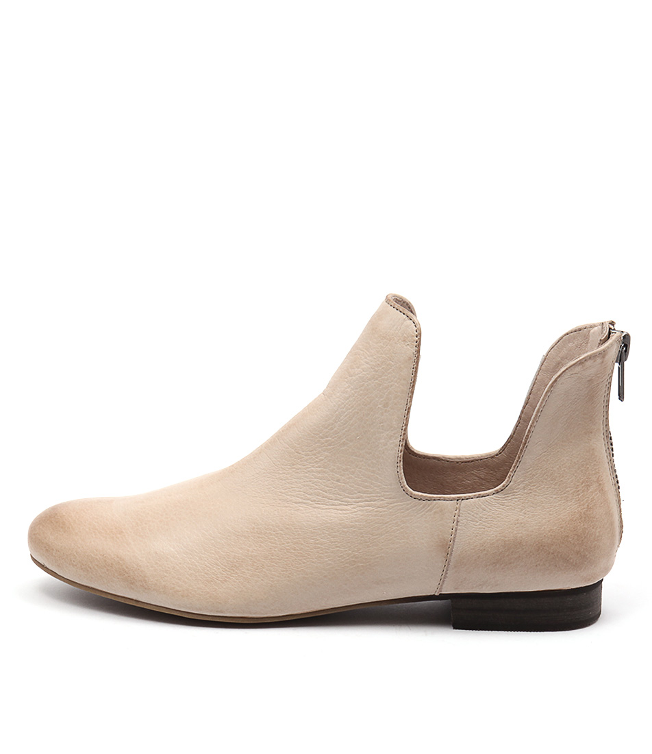 Django & Juliette Gonow Nude Casual Ankle Boots