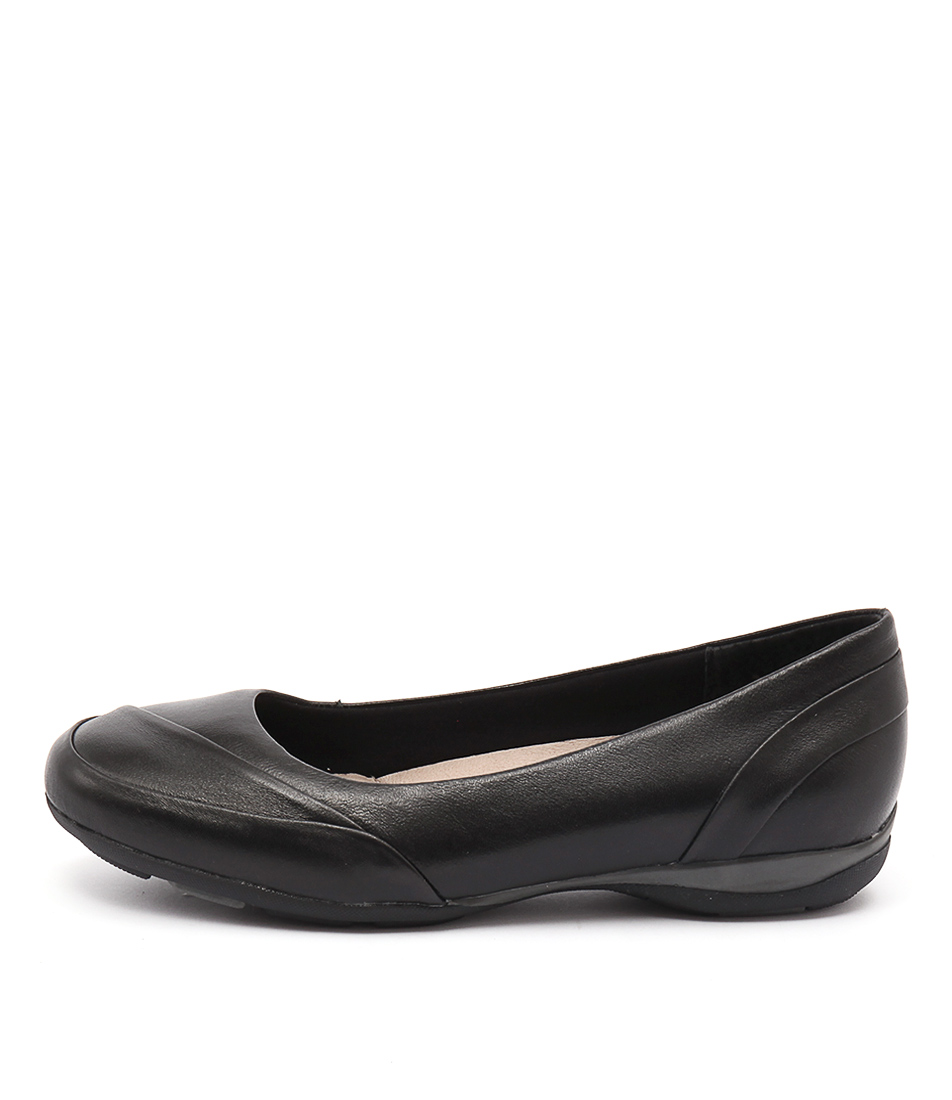 Hush Puppies Cat Hp Black Flat Shoes