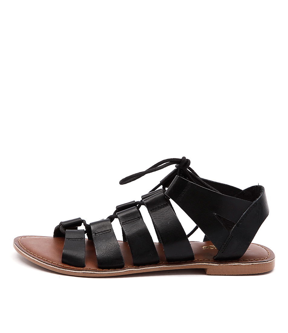 Just Because Ishka Black Casual Flat Sandals