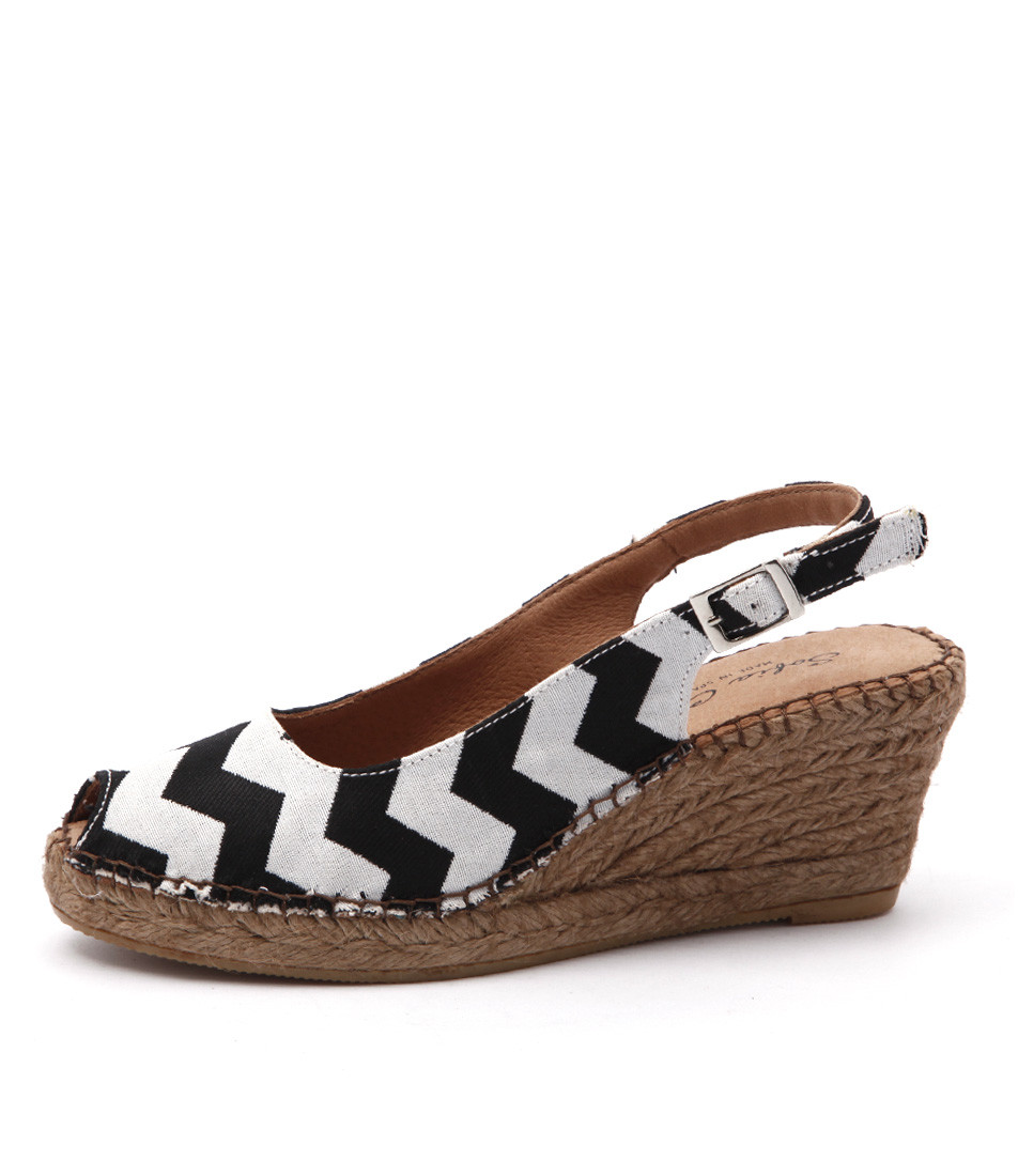 Sofia Cruz Ana 11 Sc Black Zigzag Casual Heeled Sandals
