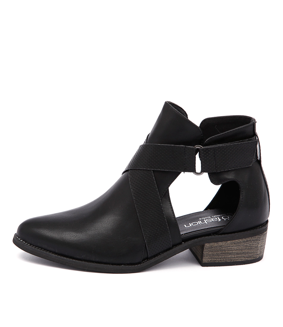 Ko Fashion Fremont Black Ankle Boots