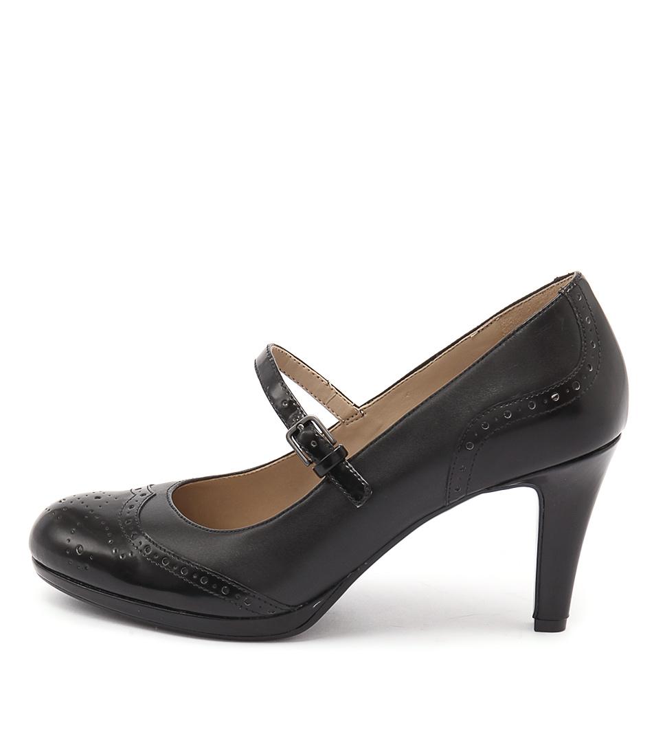 Naturalizer Madelen Black Shoes