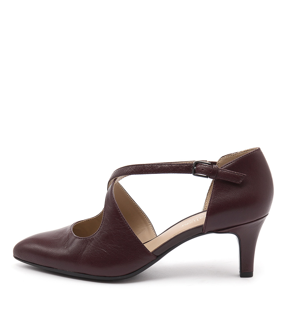 Naturalizer Okira Bordo Shoes