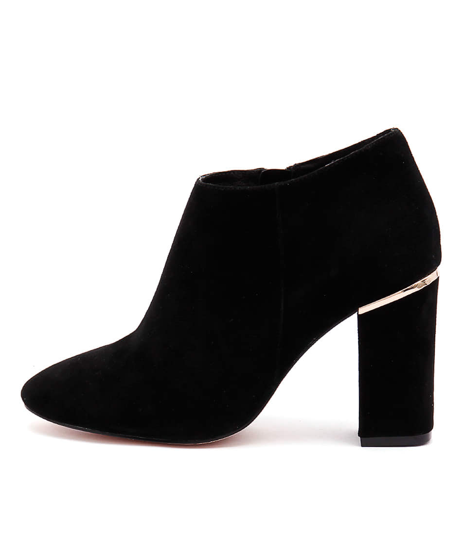 Nude Pure Black Casual Ankle Boots