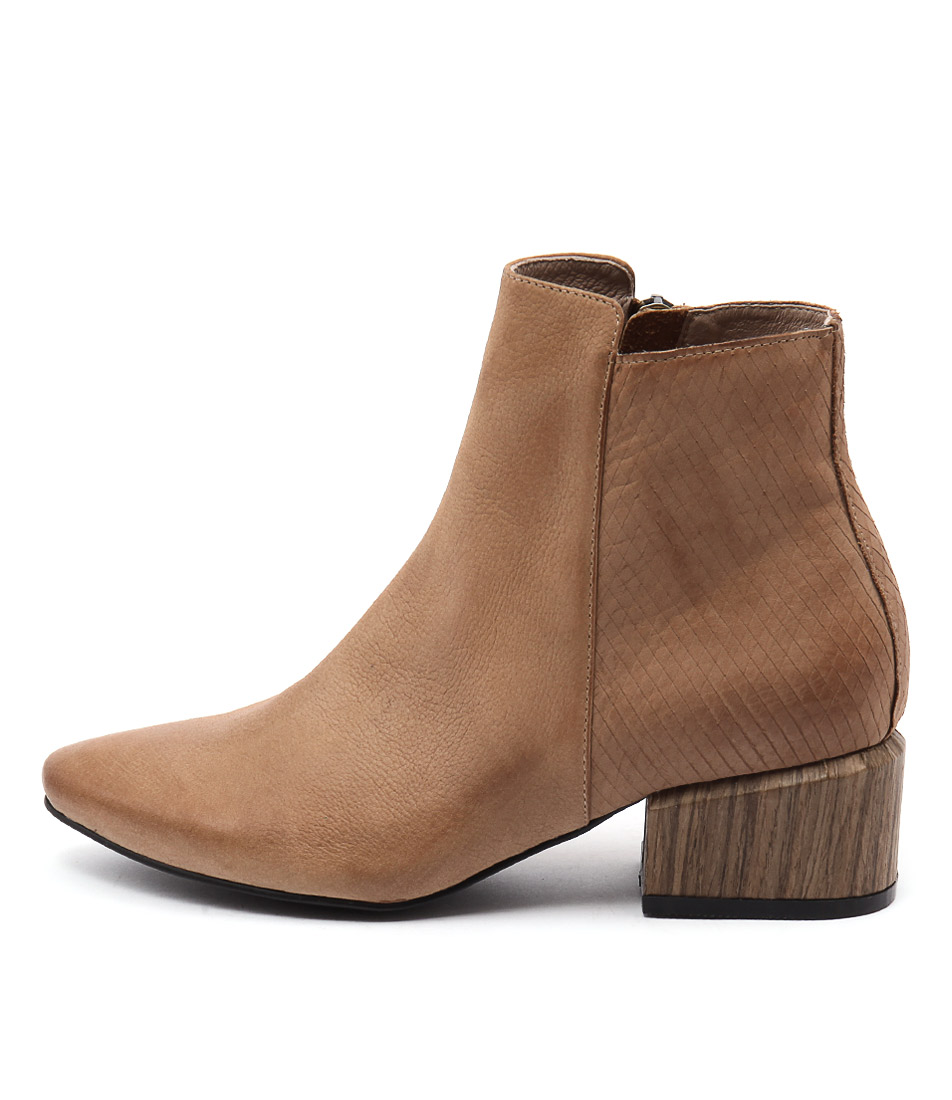 Silent D Sindra Cognac Casual Ankle Boots
