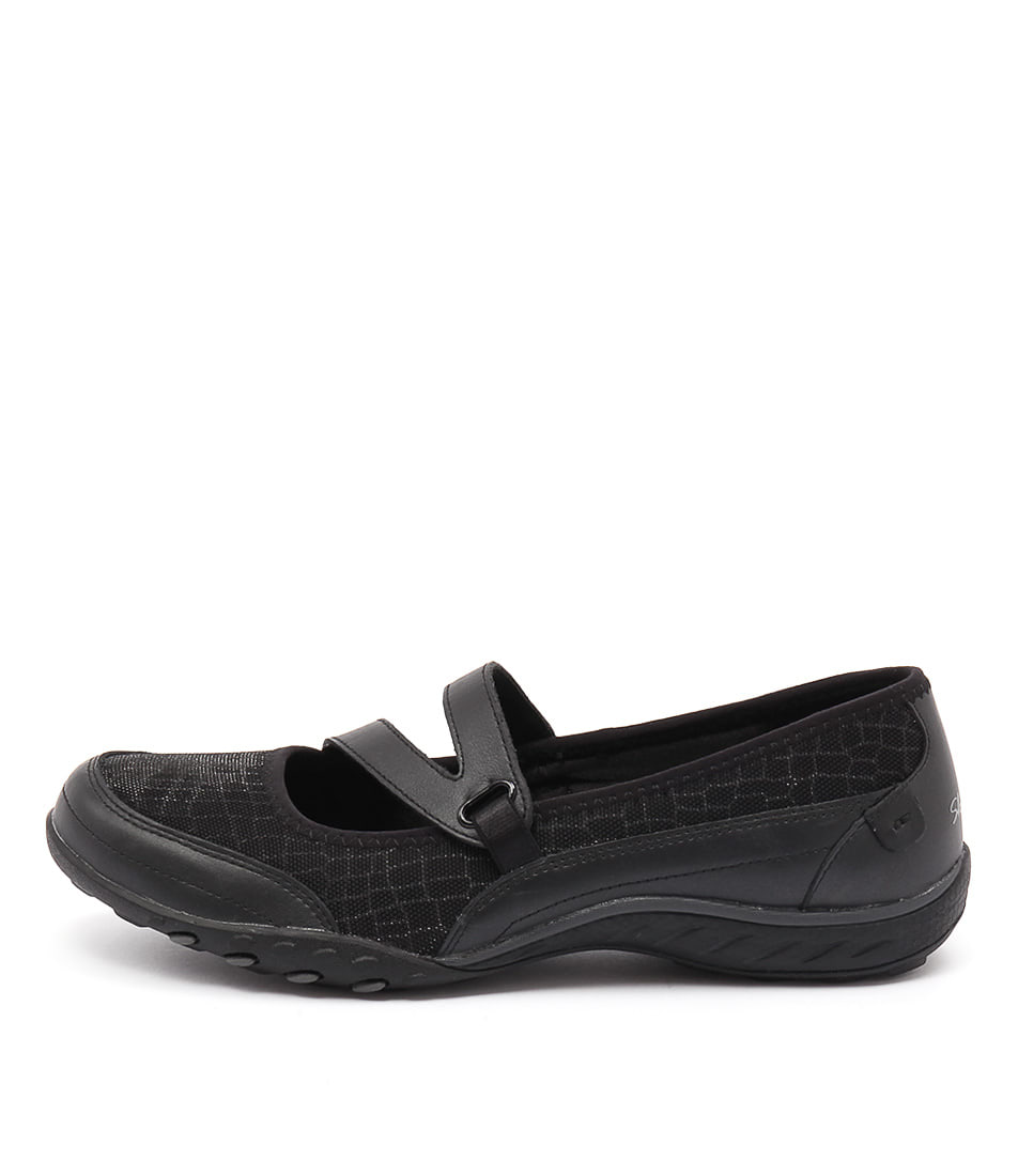 Skechers 23004 Breath Easy Gleaming Black Sneakers