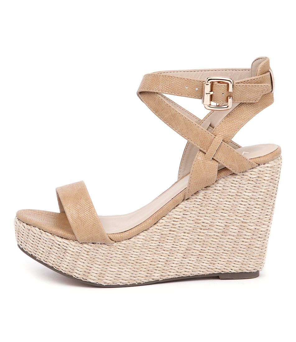 Verali Auburn Nude Casual Heeled Sandals